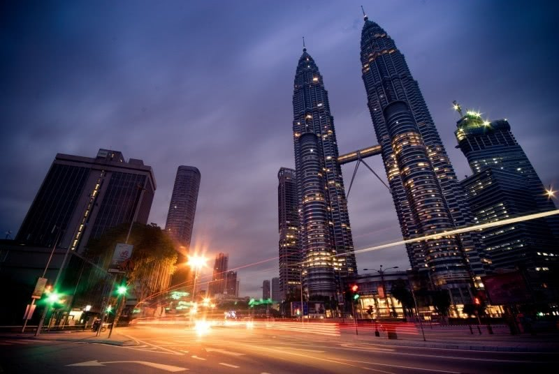 Best Time to Visit Malaysia Twin Tower