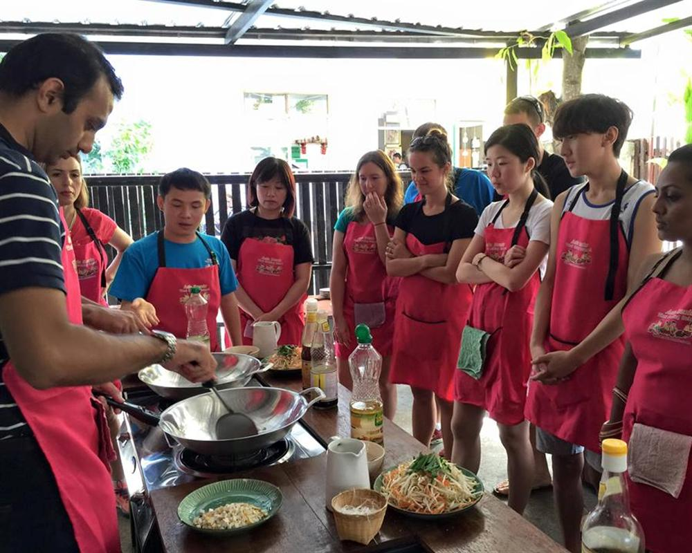 Best Places to Visit in Thailand: Cooking Class