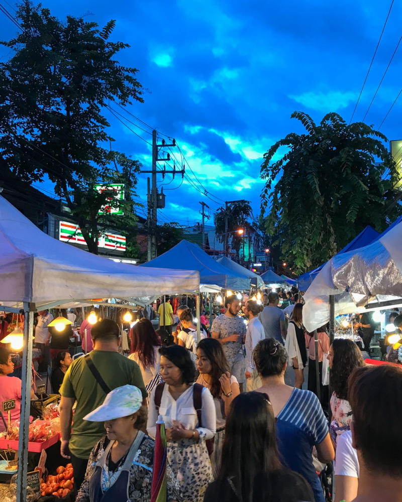 Best Places to Visit in Thailand: Night Bazaar