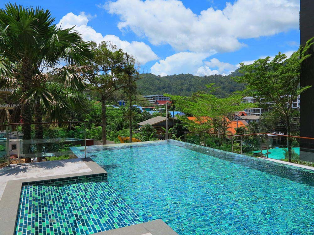 where to stay in phuket island
