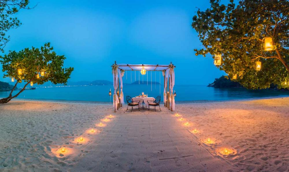 where to stay in phuket honeymoon