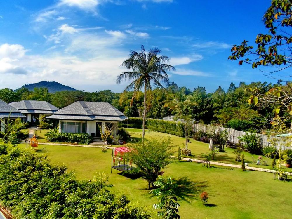 where to stay in phuket first time