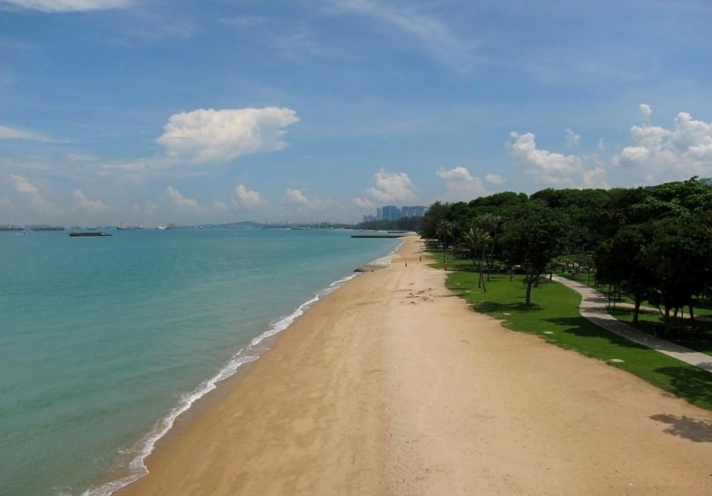 are singapore beaches clean