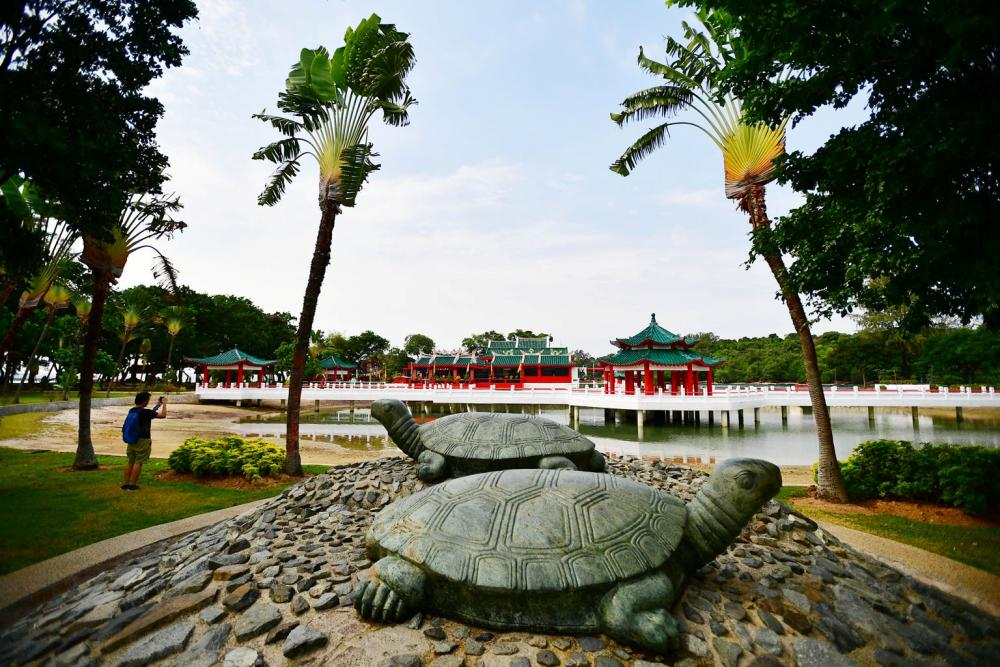 beaches in singapore west
